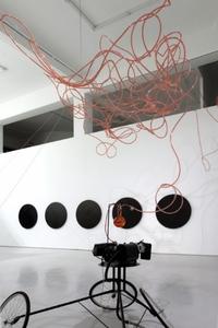 20110115150633-exhibitionsmiddle_6a478240af2597216ef33302cebbea0c_yubogong__exhibition_view_6_r