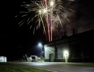 20110116143948-06_fireworks__troy__ny