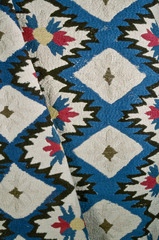 20110119122251-embroidered_colcha_bedspread