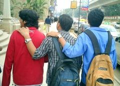 20110126094159-three_boys