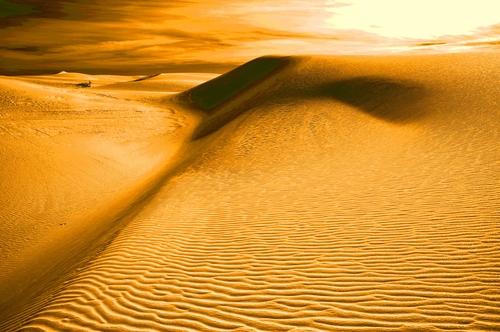 20110126115353-desert_of_a_past_life