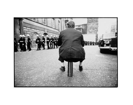 20110202195126-bush_portfolio_1_briefcase_man