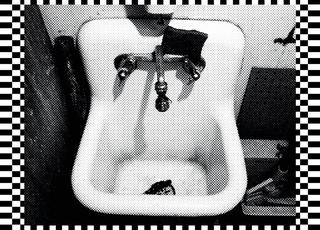 20110216115221-kitchen_sink