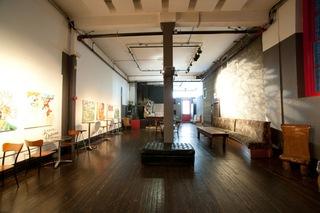 20110302200745-zappa-gallery-2-7619