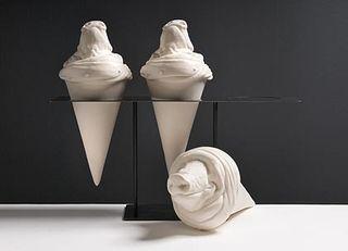 20110305105404-pig_cones