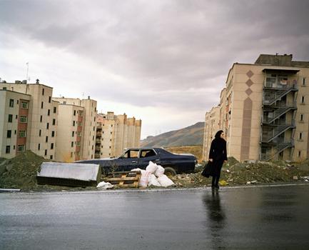 20110308114605-newsha-tavakolian2