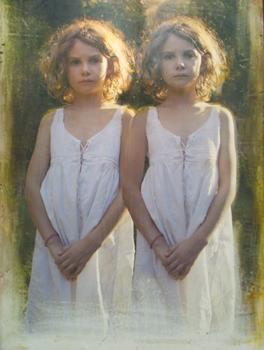 20110319104128-monteleone_twins_sm