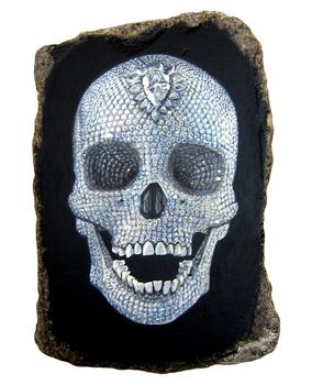 20100831140852-damien_hirst_skull
