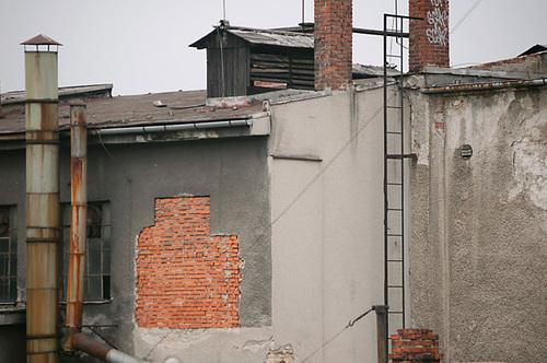 20110321094306-facade_brick