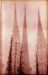 20110327114637-shannon_rowland_watts_towers