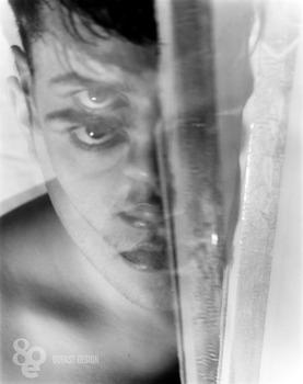 20110331133836-trevormessersmith_mirror4