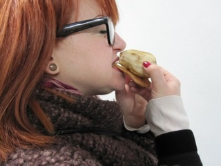 20110403103251-make_knish