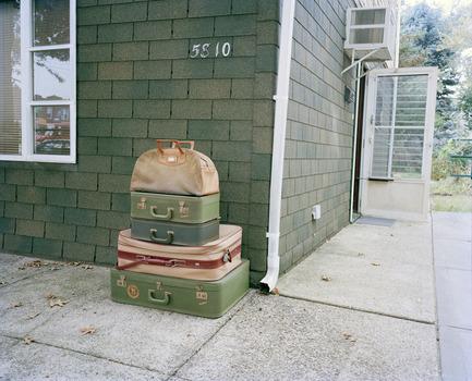 20110413123203-3_luggage