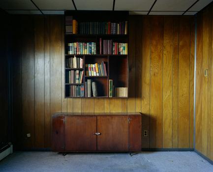 20110413123742-books