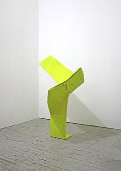 20110416234527-paris_03_yellow