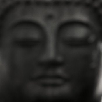 20110419110901-black_buddha