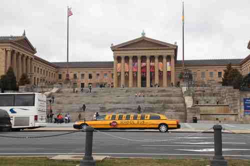 20110420142848-teach4amerika_philly_museum_limo_lowres