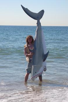 20110428065118-shark