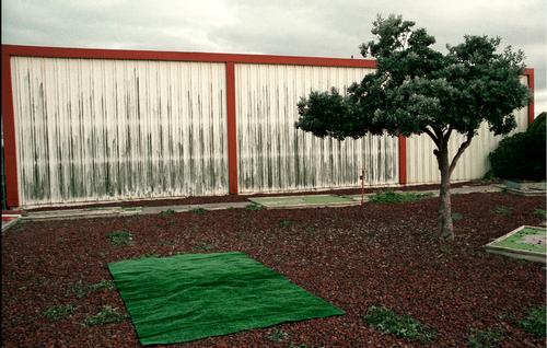 20110504162119-artslantastroturf_slideshow