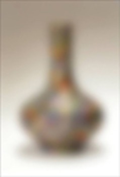 20110515091916-syjuco_phantom_vase_with_hundred_flowers__2011_4x6_ed100