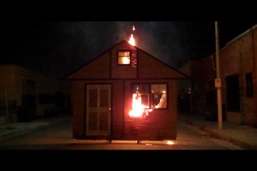 20110519084639-ds_pr_image_housefire3