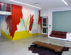 20110521173101-072_mural_painting_front_140x280____acrylic_on_wall_continuo_fashion_show-room__bologna_italy_2005