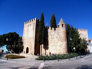 20110526070109-castelo_de_alter
