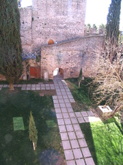 20110526072240-castelo_de_alter_2