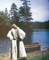 20110528103622-russian-lynx-fur-coat-alixandre-furs-vintage-1988-ad_200584244737