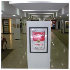 20110531070740-2_gallery_entrance