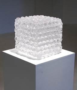 20110601143419-colinroberts_bubble_wrap_cube_2011__urethane_10_x10x10