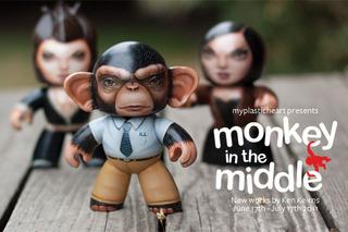 20110609233758-monkeyinthemiddle_4x6_front_600