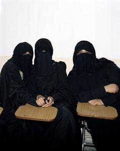 20110610030514-5_sisters