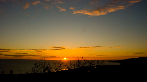 20110622144407-sunset_on_ocean_horizon