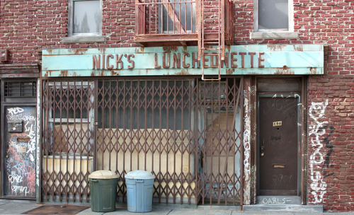 20110627102239-randy_hage-nick_s_luncheonette_sculpture-25inx15inx8in