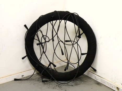 20110702085518-hearing_voices_rubber_and_tire_shavings_over_armature_with_tubing_36_inches_dia_approx