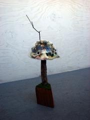 20110703180237-underglass