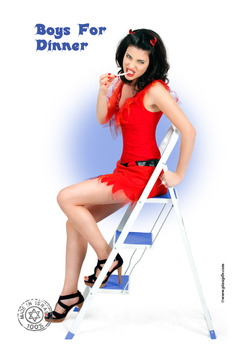 20110710104314-pin-up-tlv-34