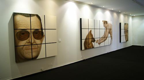 20110726065308-paco_dalmau-polyptychs_family_potraits_casa_polo_museum_1