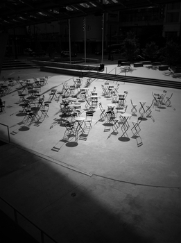 20110803152307-chairs