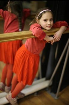 20110816085736-lolikantor_girl_72-750__1_