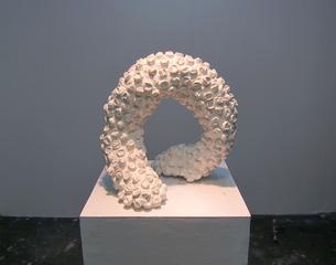 20110816135302-plaster_bubble_wrap_isamu_sculpture1
