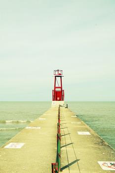 20110829184324-daniel-brown-lighthouse
