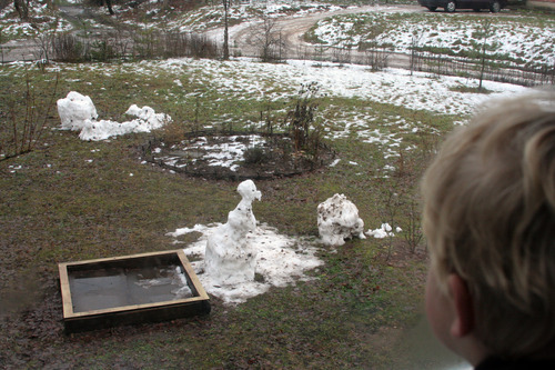 20110901000724-no_snow_