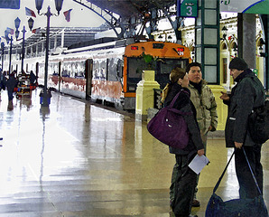 20110910032242-santiago_train_station_2247__art__edited-1