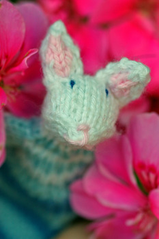 20110910225154-pretty_bunny_lady_in_the_pink_flowers