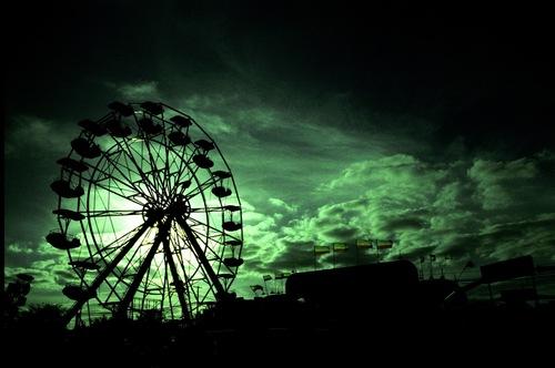 20110911231711-carnival