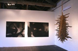 20110921085604-gaga_arts_center_alex
