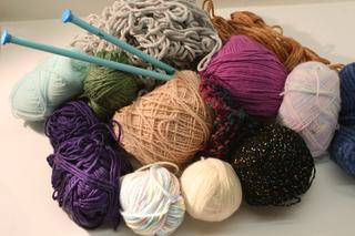 20110925161640-yarn_bomb