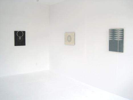 20110927064304-elise-back-room